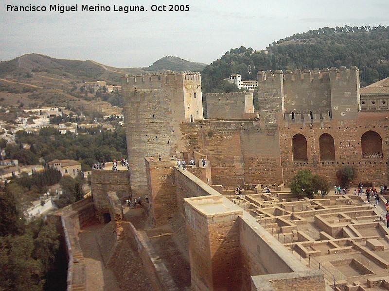 Alhambra murallas de la alcazaba - Paginas amarillas de granada ...
